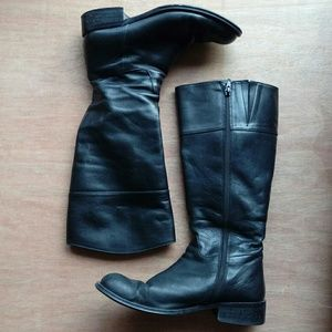 Knee-high leather boots - size 7.5